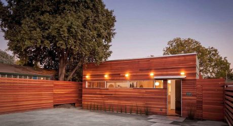 An Oakland, California House that Makes the Most of its Yard Size