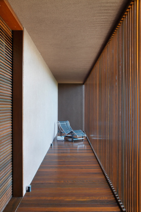 AH-House-Studio-Guilherme-Torres-16