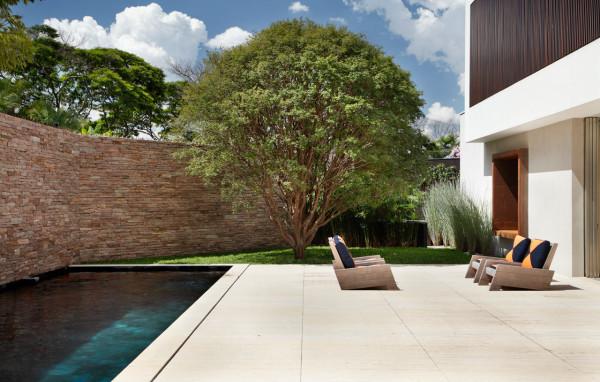 AH-House-Studio-Guilherme-Torres-18