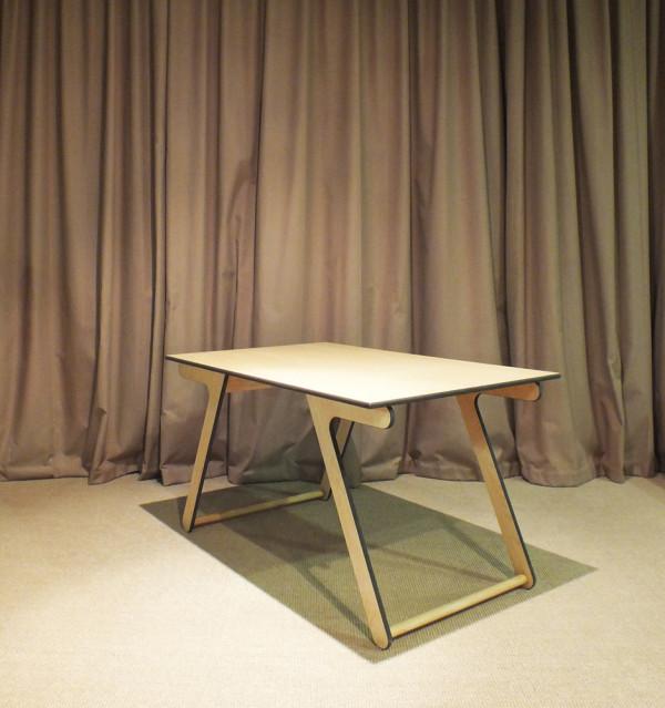 A Coffee Table That Transforms Into A Dining Table D Coration De La Maison