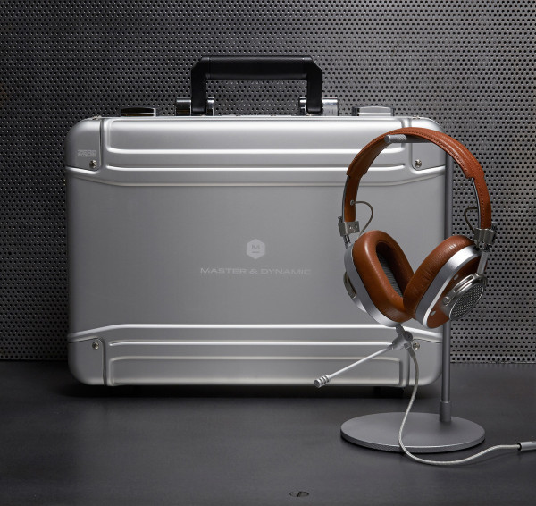 MasterDynamic-Halliburton-Kit-2