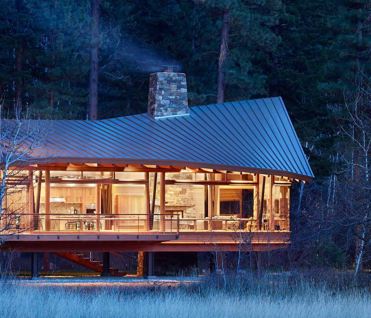 FINNE Architects Explores Crafted Modernism in the Mazama House