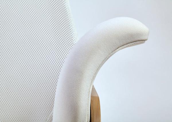 Nana-Rocking-Chair-Alegre-Design-6  A Rocking Chair Reinvented for New Moms Nana Rocking Chair Alegre Design 6