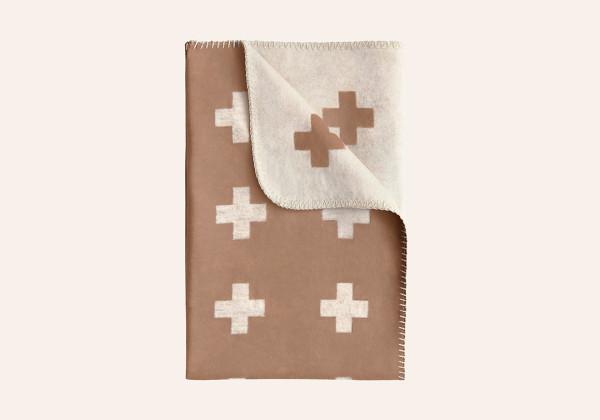 Pia Wallen -Cross Blanket camel