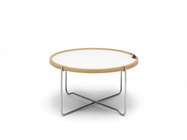 Wegner-Reversible-Tray-Table-Carl-Hansen-4