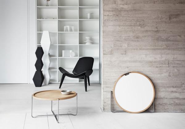 Wegner-Reversible-Tray-Table-Carl-Hansen-6