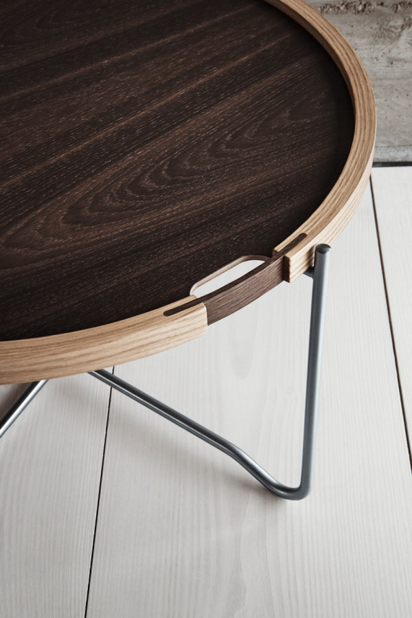 Wegner-Reversible-Tray-Table-Carl-Hansen-9