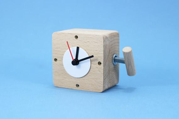 Wooden-clock-3
