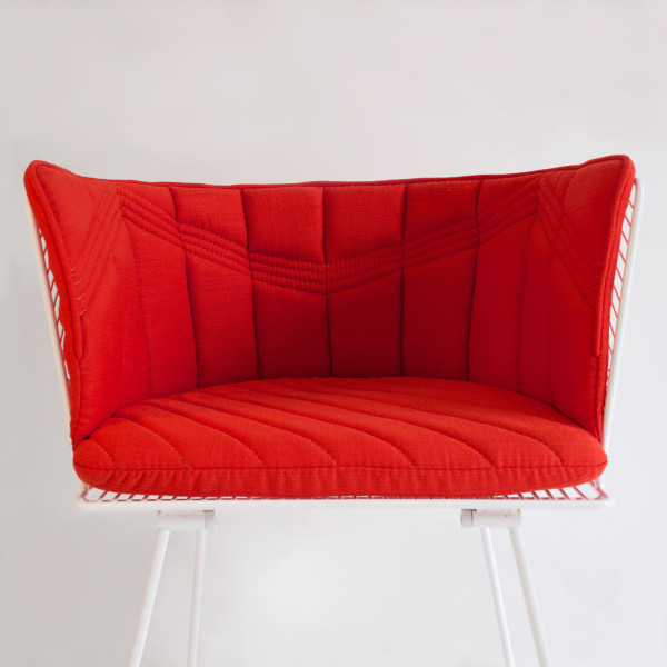 bend-captain-chair-cushion-