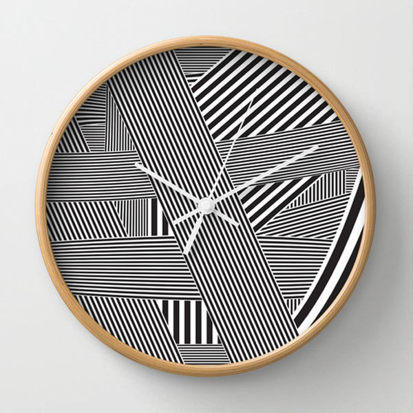 striped-wall-clock