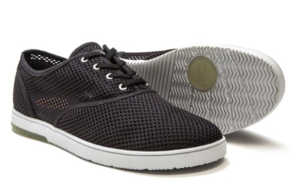 CLAE-4Bruce_Black_Deep_Navy_3_4_web