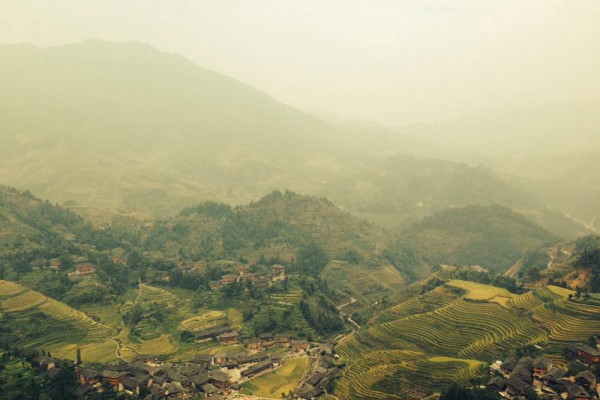 F5-United-Strangers-4-Getting-lost-to-find-yourself---Rice-field-China