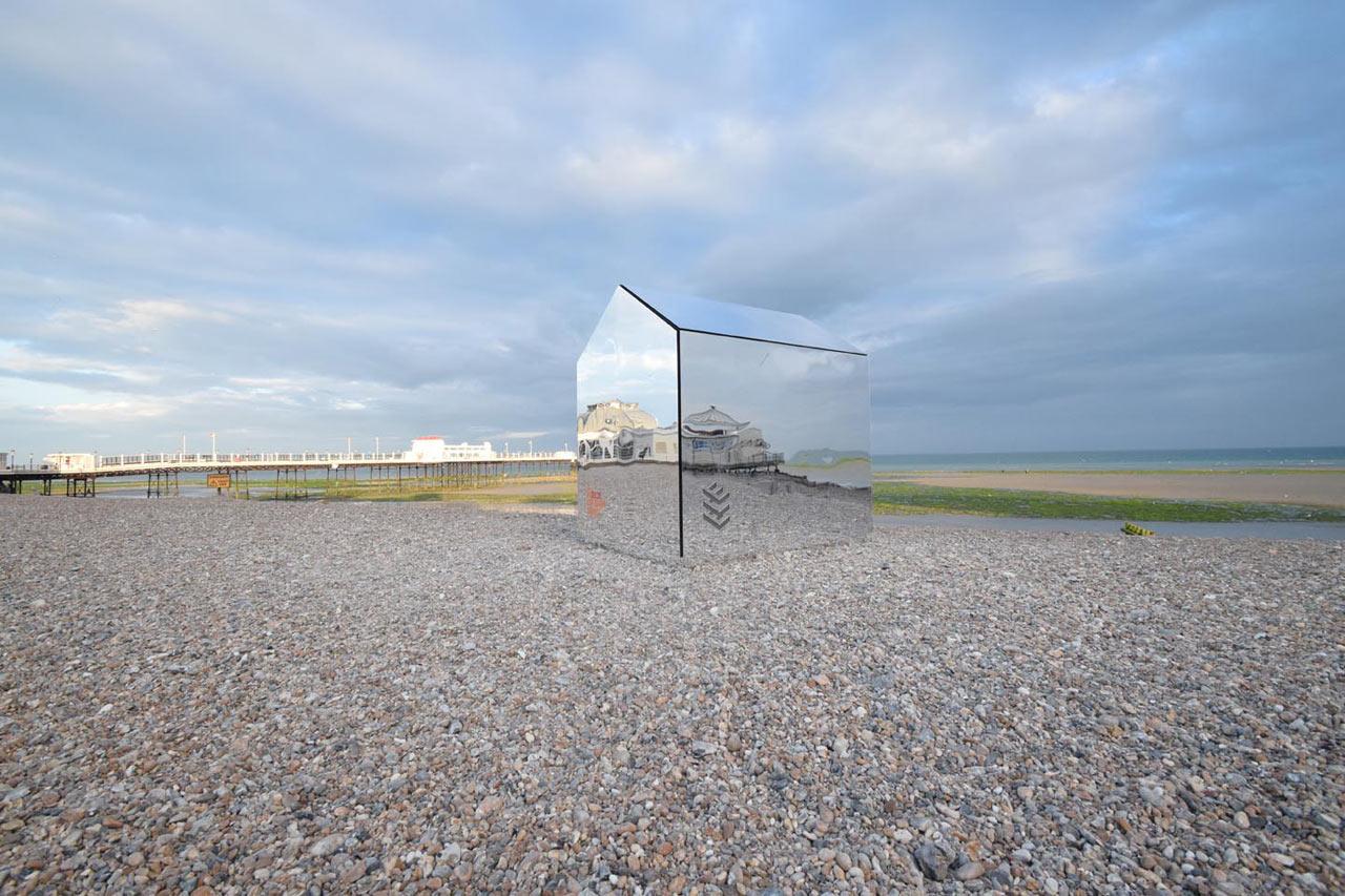 A Mirrored Hut on the Beach Piques Curiosity