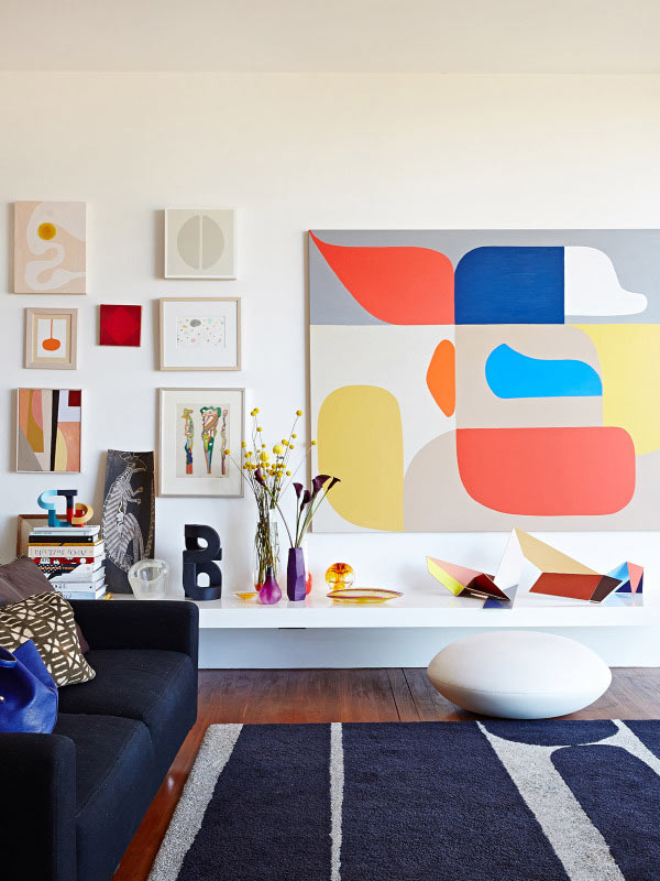 10 Rooms With Oversized Art ...