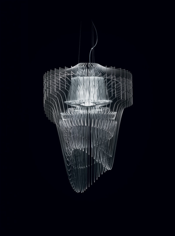 Slamp_Aria_Transparent_Zaha_Hadid_2