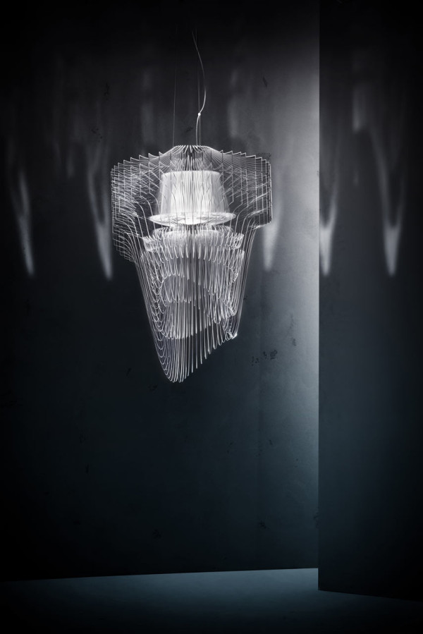 Slamp_Aria_Transparent_Zaha_Hadid_4