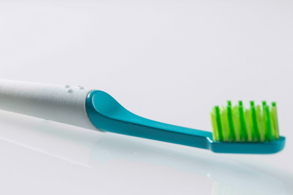 TIO-sustainable-toothbrush-1