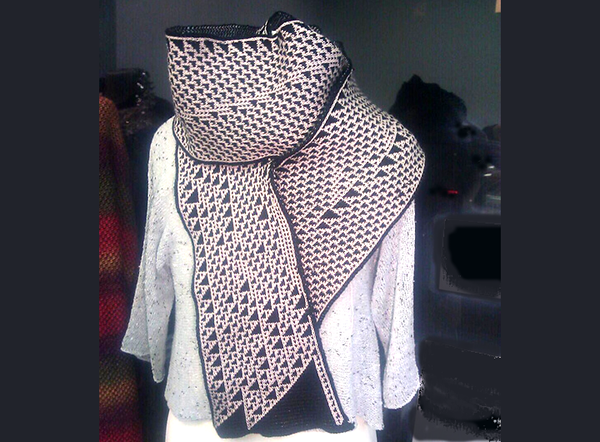 Knitting Patterns For Unusual Scarves : Scarves as Unique as Your DNA - Design Milk