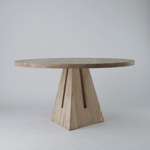 APPARATUS-16-PORTAL-DINING-table