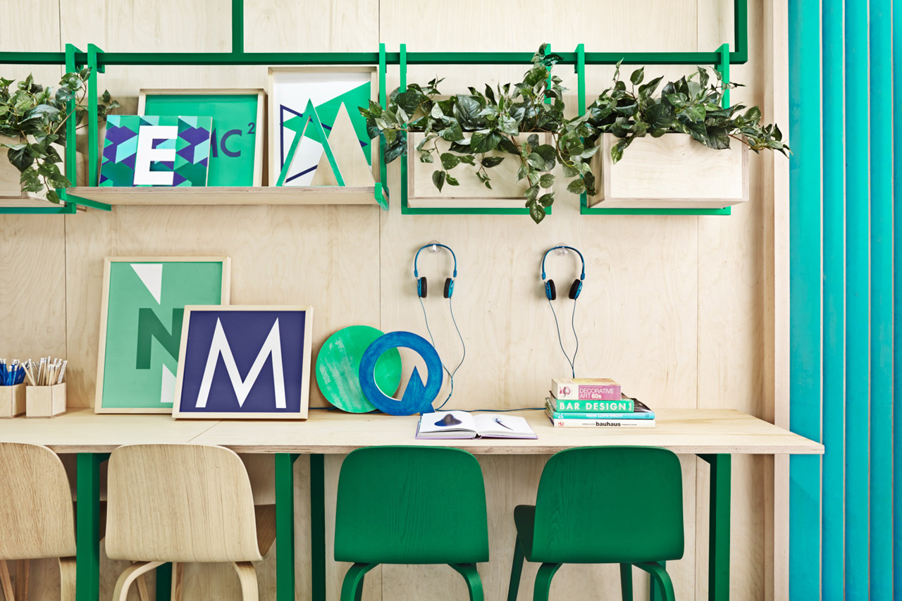 Masquespacio Redesigns & Rebrands an English School in Barcelona