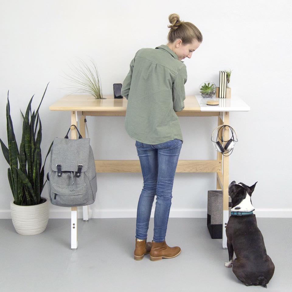 An Upright Design: The Artifox Standing Desk 01