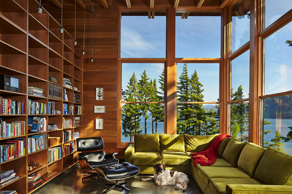 Cabin in Washington for Work and Play