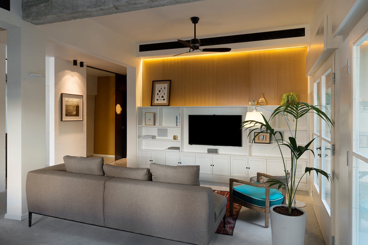 a bauhaus apartment in tel aviv gets renovated design milk. Black Bedroom Furniture Sets. Home Design Ideas