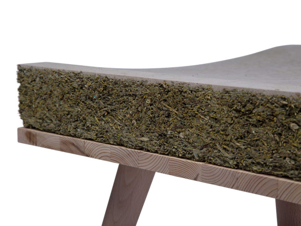 CHAYR: A Cozy Seat Made From Hay and Grass