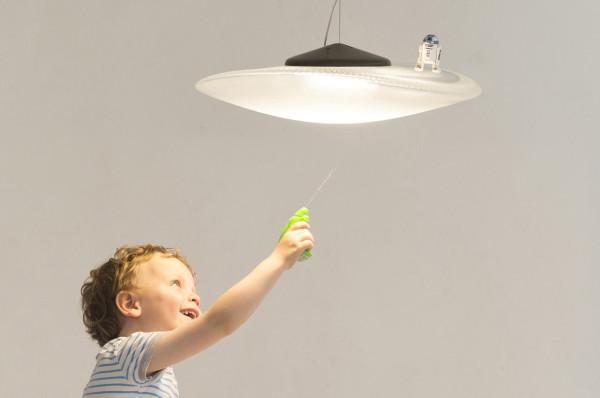 Constance-Guisset-5-Loop-Lamp