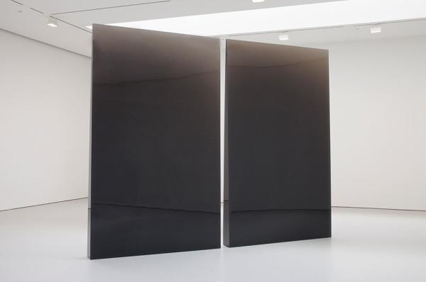 Double Column Gray, 1975-1976