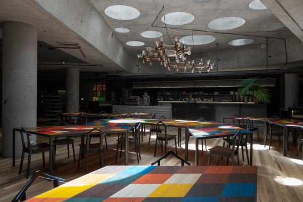 Destin-Hotel-Hotel-Canberra-11-bar