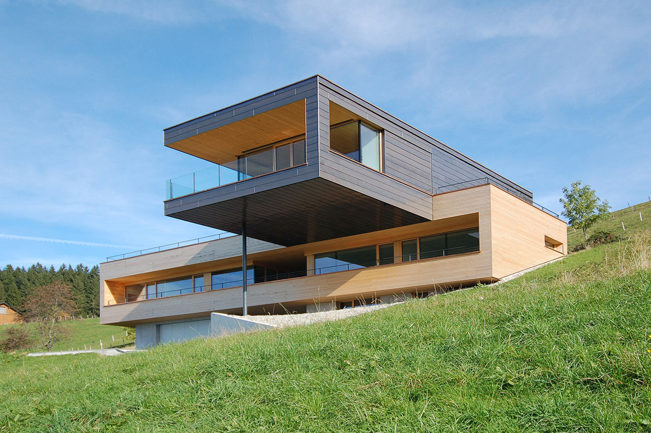 A Cantilevered Home Overlooking a Lake in Austria - Design Milk