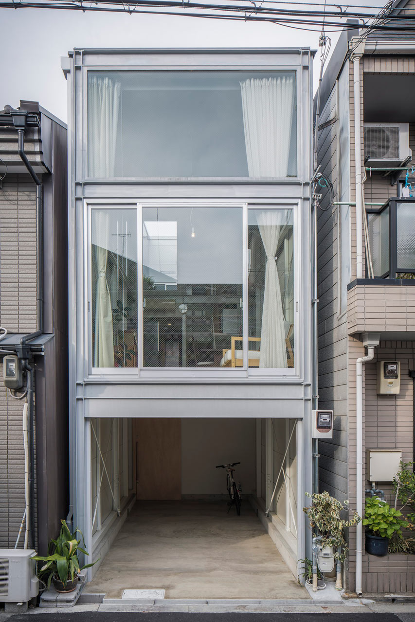 A narrow house built within heavily populated osaka for Narrow home designs
