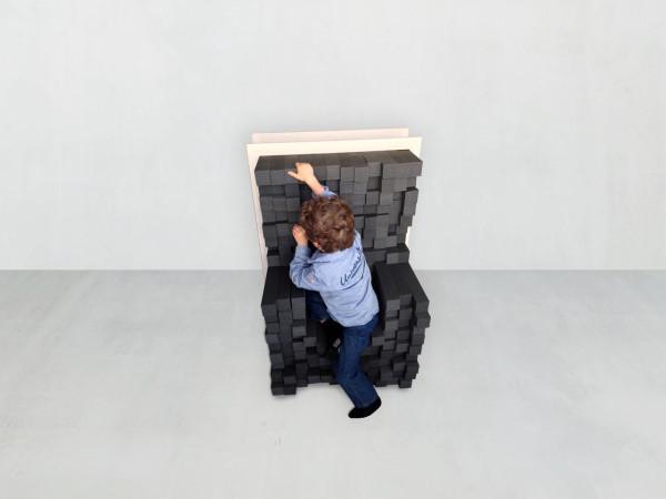 Keren-Shiker-Sink-In-Adjustable-Seating-3