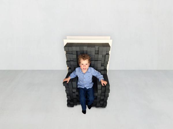 Keren-Shiker-Sink-In-Adjustable-Seating-3a
