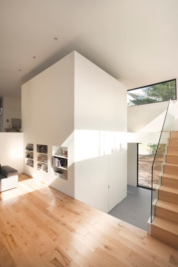 A 90 39 s split level bungalow goes modern design milk for Modern 90s house music