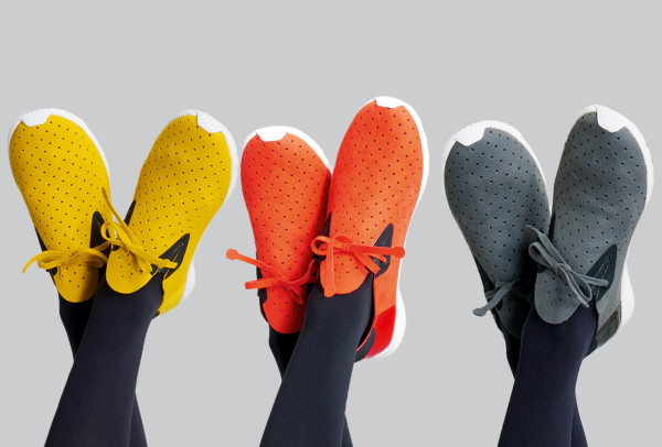 Native-Shoes-PLEATS-PLEASE-Issey-Miyake-1a