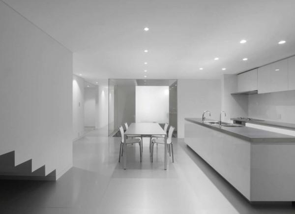 Decorating ideas 10 all white rooms design milk photo by takashi yamaguchi associates sisterspd