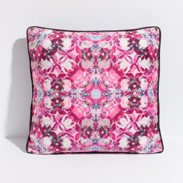 artifact-pillows-DigiFlora2_singlev2
