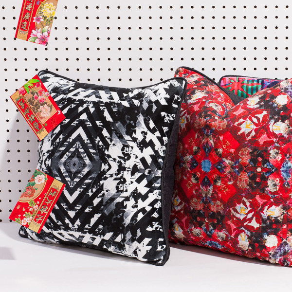 artifact-pillows-target_digiflora_red