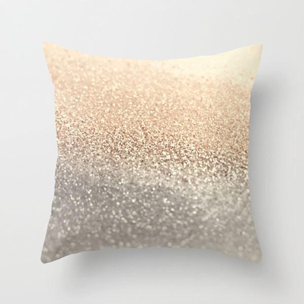 gold-glitter-throw-pillow-outdoor
