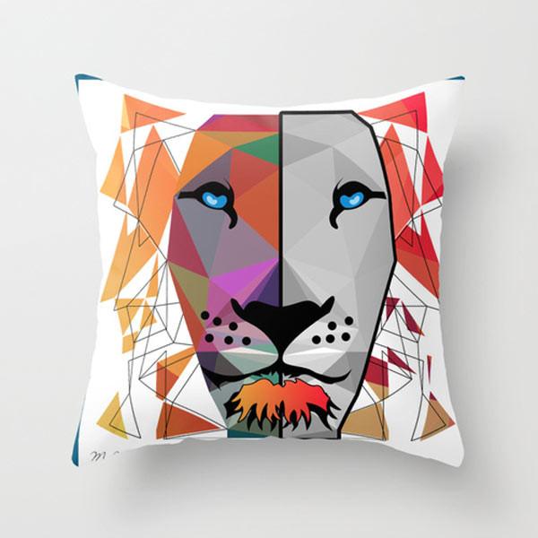 lion-throw-pillow-1