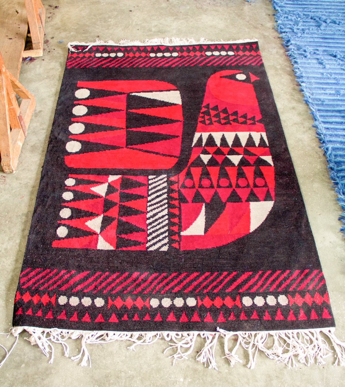 Lovely Graphic, Handmade Rugs That Support Fair Trade ...