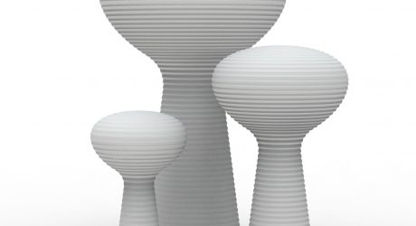 A Sculptural, Outdoor Lamp that Blooms
