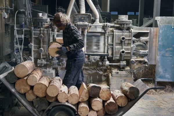 Decon-Baux-Acoustic-Tiles-3-spruce-cut