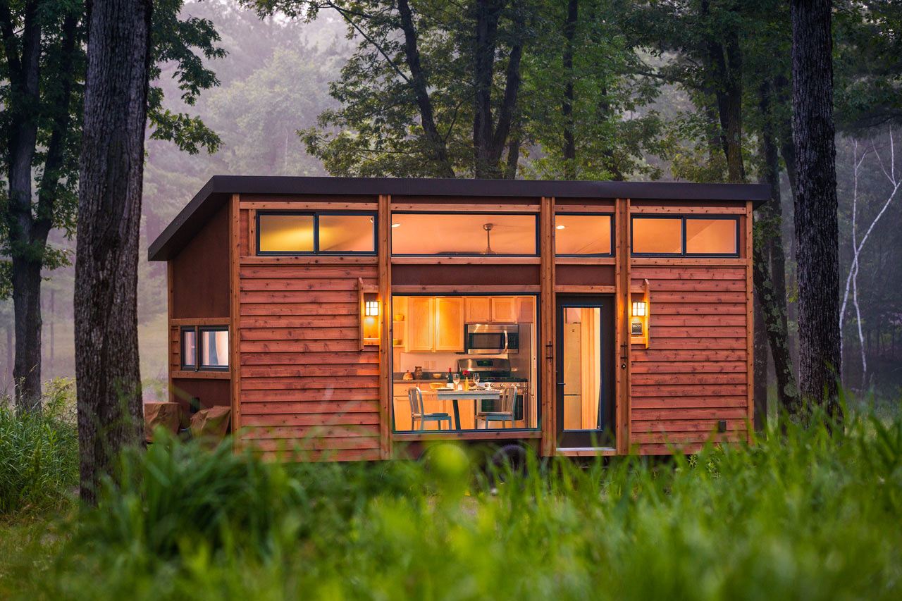 A 269 Square Foot Cottage on Wheels