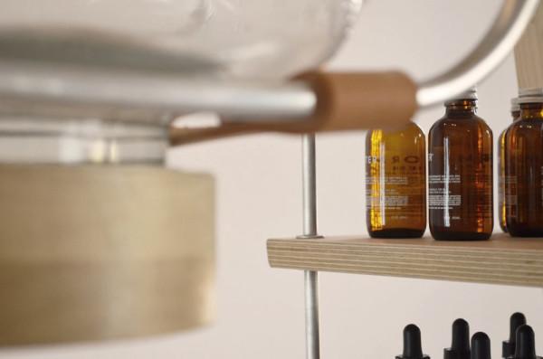 FORM-+-MATTER-is-a-minimalist-skincare-laboratory-5
