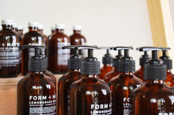 FORM-+-MATTER-is-a-minimalist-skincare-laboratory-7