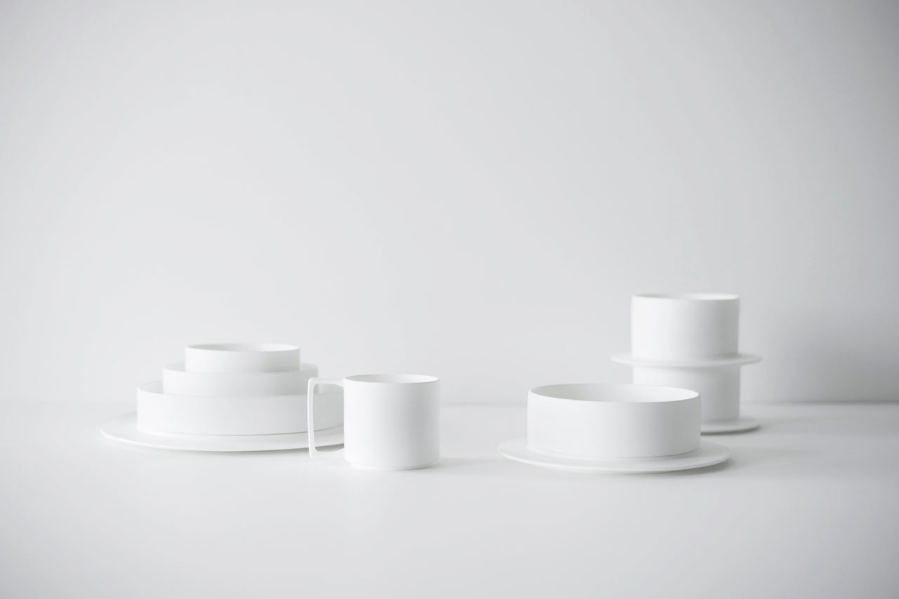 Finell Launches a Porcelain Dinnerware Collection