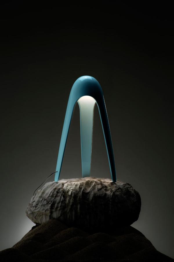 MARTINELLI-LUCE-Cyborg-Lamp-Karim-Rashid-4